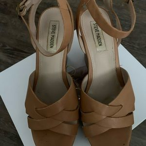 Steve Madden Tan Wedge Shoes